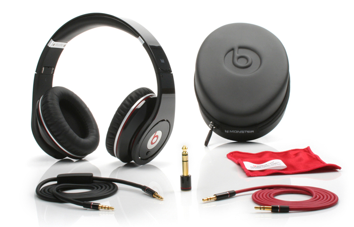 Monster Beats by Dre Studio HD Over Ear Headphones (Black)